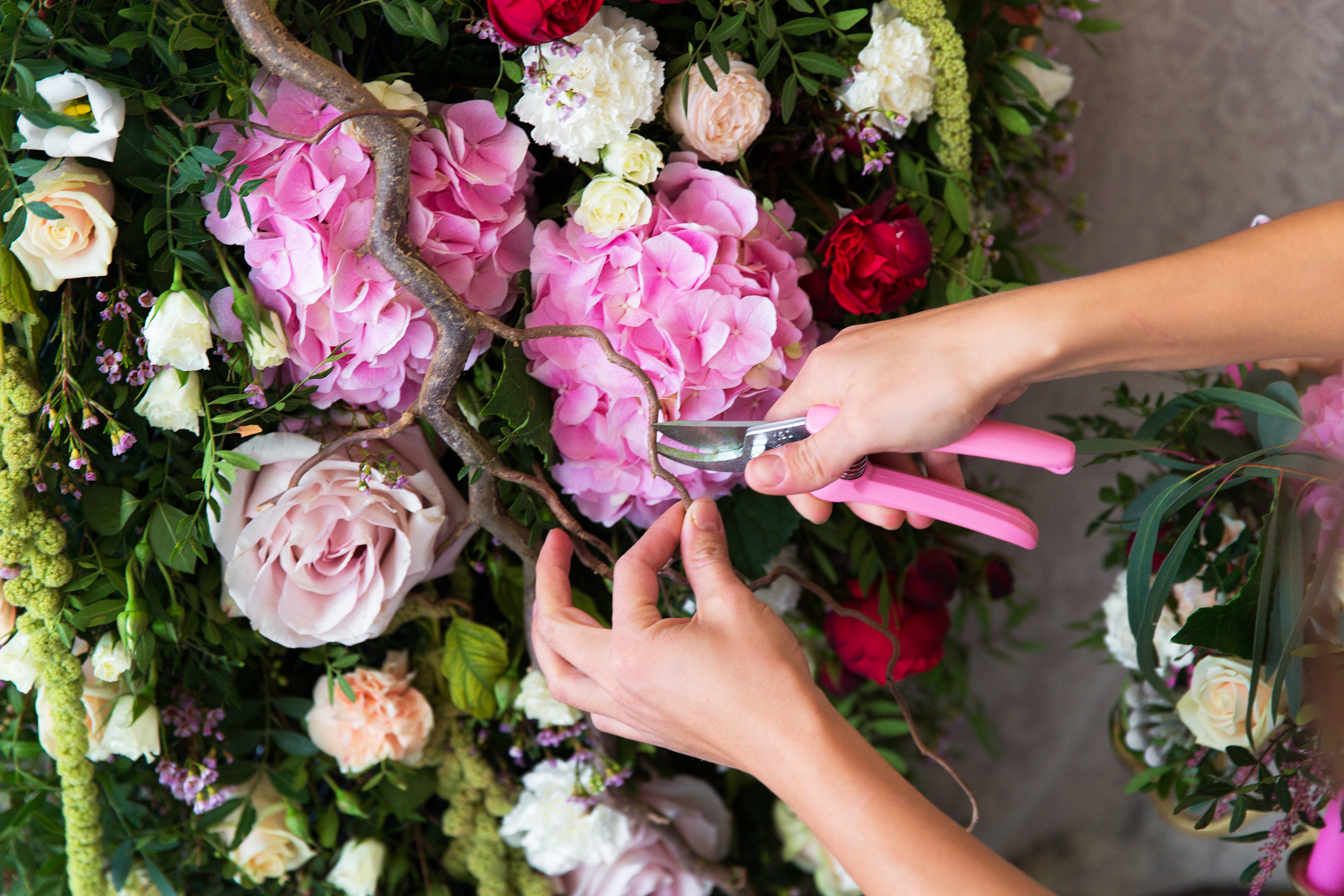Flower Baskets Near Me : Funeral arrangements cheap flowers near me florist